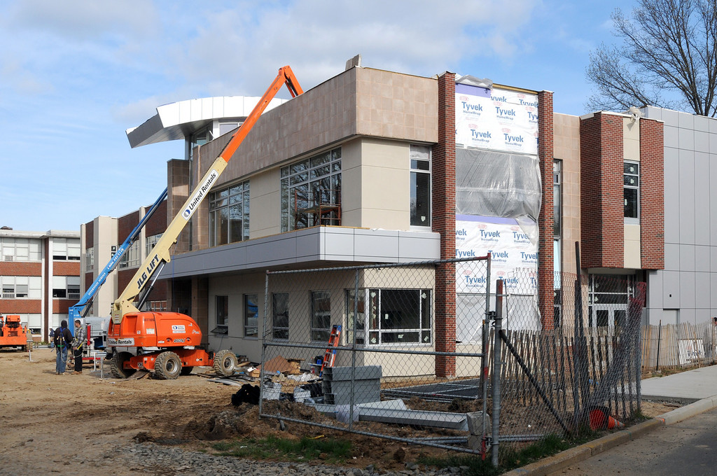 04-21-2011 -- New Academic Building construction.